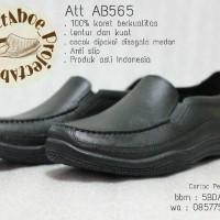 Sepatu Pantofel Karet (Att Ab565) - Solusi Cerdas Disegala Medan