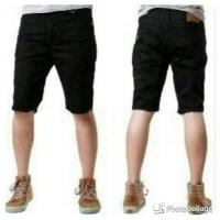 Celana Jeans Pendek / Jeans Slimfit / Jeans Pendek Pria / Hitam