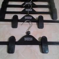 hanger jepit MARKS&SPENCER pjg 37cm