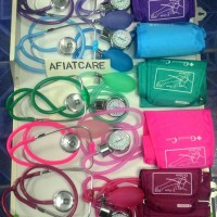 Tensimeter Aneroid , Stetoscope SET, Warna, GC.