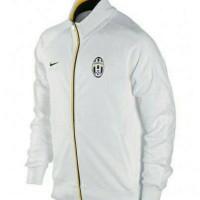 harga Jersey Jaket Bola Juventus Core White Official - Putih - Grade Ori Tokopedia.com