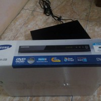 DVD / CD / VCD PLAYER SAMSUNG E360