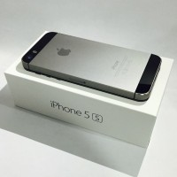 iPhone 5s 32GB Grey Distributor 1 tahun PLATINUM