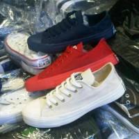 sepatu murah converse polos ( full navy ,full merah ,full putih )