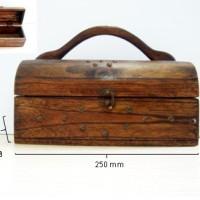 Kotak Antik / Kotak Serbaguna 001