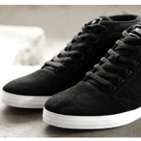 harga PIERO SUEDO CHUKKA Sepatu Casual Boot Original - FREE CONVERSE Tokopedia.com