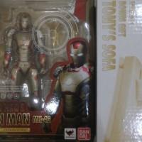 SHF IronMan Iron Man Mark 42 XLII + Sofa Tony Stark Bandai ORI