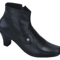Sepatu Boot Kulit Wanita Heel 7 Cm / Boot Pantofel US 020 CATENZO