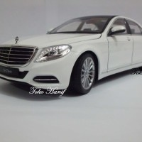 Diecast Miniatur Replika Mercedes Benz E63 S Class white