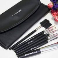 Dompet MAC BRUSH ISI 7  ( make up brush kit set )