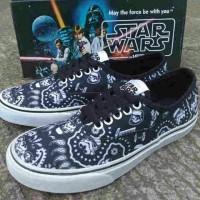 17e1266d1 sepatu vans authentic star wars bandana waffle ICC size 40-44