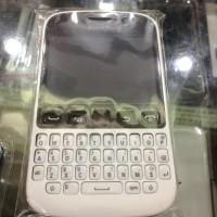 Casing Kesing Case Fullset+Tulang BB Blackberry Samoa 9720 Putih Dan H