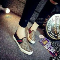 sepatu gucci gold /coklat