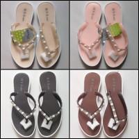 Sendal Sandal Flat Jelly Shoes Karet Wanita Cewek HYS Pearl Murah