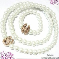 Kalung Mutiara Chanel set Putih Aksesoris murah
