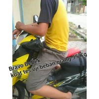 Kursi Bonceng Motor Bebek Bravo Sport Motif POOH (SNI)
