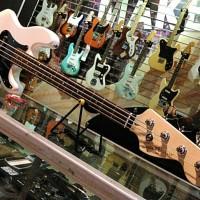 harga Squier Affinity Precision Bass PJ Olympic White, Bass Elektrik Tokopedia.com