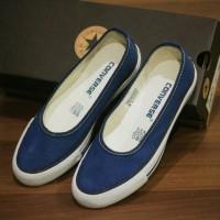 Sepatu Converse Slip On Cewek Navy Terlaris
