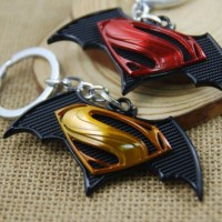 Gantungan Kunci (Keychain) Premium Superman Vs Batman