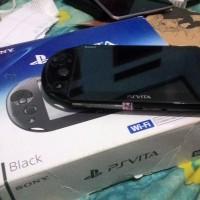 PSVITA Slim Black + 1 Game Mind Zero