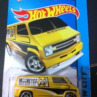 Hot Wheels Custom '77 Dodge Van - Mooneyes