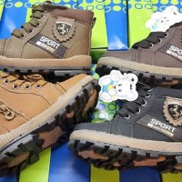 801 import sepatu children boot bot bulu anak model docmart (dr marten