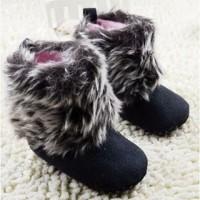 Prewalker Boot Fluffy Black Grey Sepatu Prewalker Bayi Lelaki Perempua