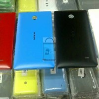 Cover Battery / Casing Belakang / Back Door Nokia Lumia 525