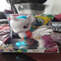 Mainan Figure My Little Pony Princess Celestia