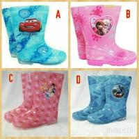 harga sepatu boots hujan / sepatu boot karet / sepatu boots air Tokopedia.com