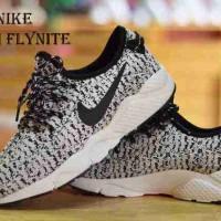 Nike Zoom Boost, Sepatu Sport Wanita, Sepatu Senam Wanita
