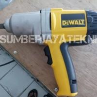 """Mesin Pembuka dan Pengencang Baut Impact Wrench 1/2"""" DEWALT"""