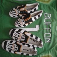 Sepatu Lukis Couple Bola Juventus