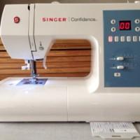 SINGER 7465 Confidence Mesin Jahit Portable Multifungsi