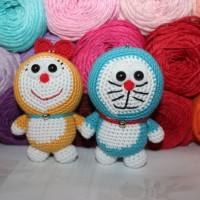 Amigurumi / Boneka Rajut Doraemon dan Dorami (couple)