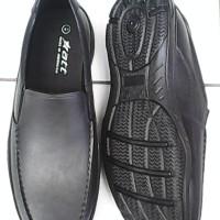 Sepatu Karet Pantofel Merek ATT AB 565 Anti Hujan Murah Nyaman