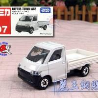 Tomica Toyota Town Ace Putih 97