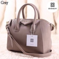 Tas Wanita Givenchy antigona medium leather Satchel Bag