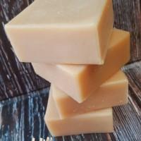 MILK NATURAL SOAP / SABUN SUSU HANDMADE ALAMI 60 GRAM