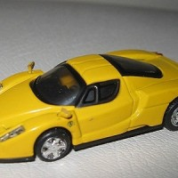 Diecast Ferrari Enzo Yellow Skala kemungkinan 1:50 Uknown Merk
