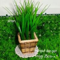 rumput bunga plastik dan pot rotan/rumput sintetis/vas rotan