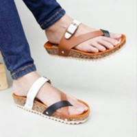 Sandal Sendal Wanita Model Carvil Gesper Silang Coklat