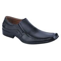 Sepatu Catenzo Pria DF 006