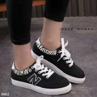 SEPATU SNEAKERS ANKLE BOOTS KETS CASUAL NIKE BLACK HITAM CL004