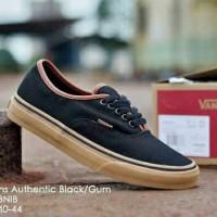 Sepatu Sneakers Pria Vans Authentic CA Black Gum DT