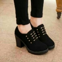 SEPATU SNEAKERS ANKLE BOOTS KETS CASUAL BOOTS HIGHHEELS HITAM BLI01