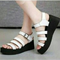 Wedges Comfy White