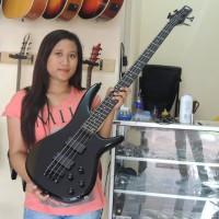 Gitar Bass Ibanez SDGR Hitam