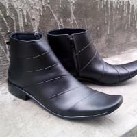 Sepatu Kerja Kantor Pria Formal Kulit Asli Alexander Semi Boot Hitam