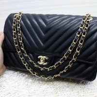 Chanel Chevron Medium Bags 5003